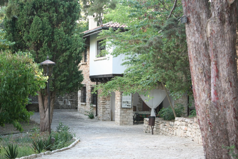 Vila Guttman, Balcic